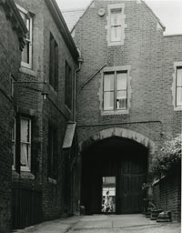 Heath's Almshouses, Islingon